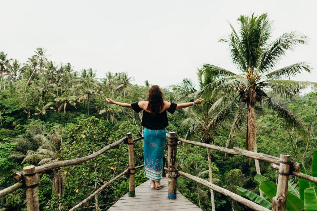 women traveling solo in bali
