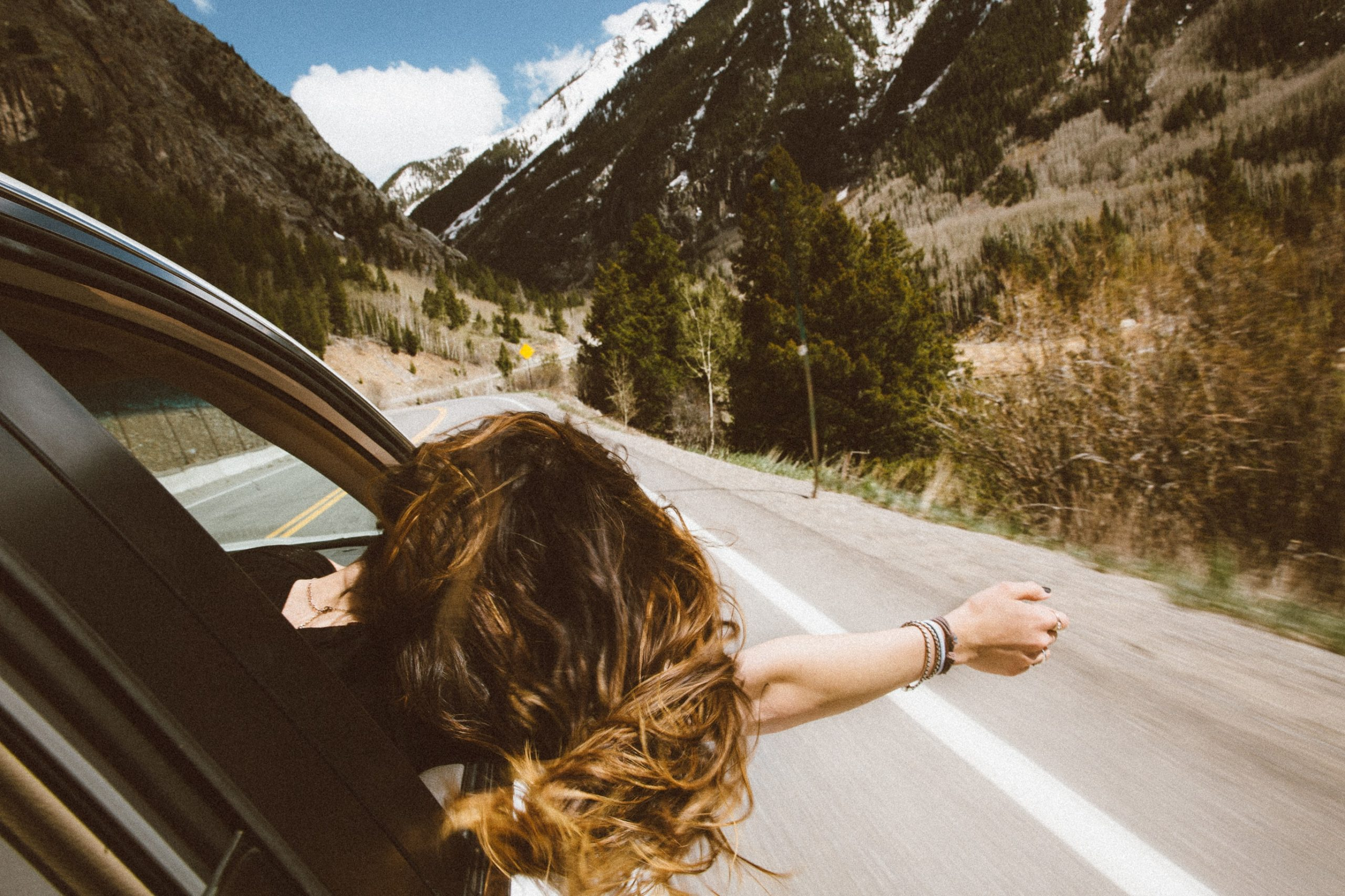 woman traveling with anxiety