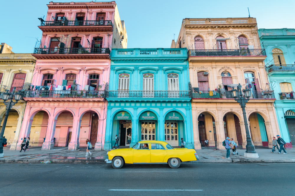 Cuba Woman Solo Traveling