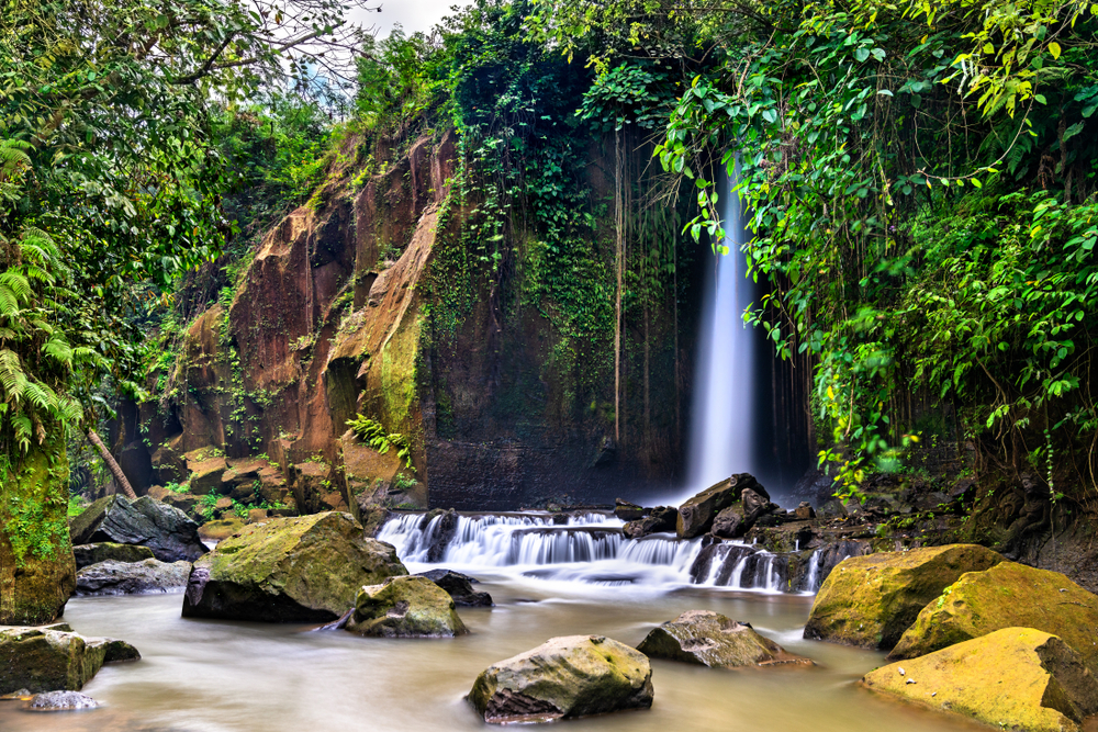 Sumampan Waterfall solo female travelers
