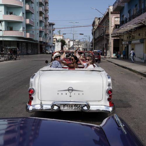 Solo Female network Tour Cuba